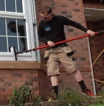 professional-window-cleaner-west-bridgford